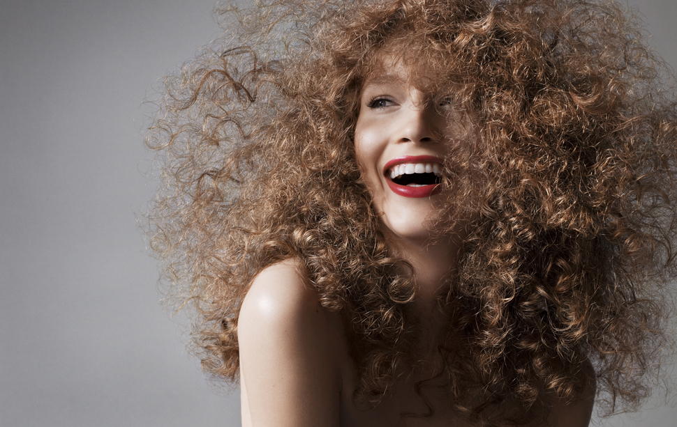 Пушистые и вьющиеся волосы