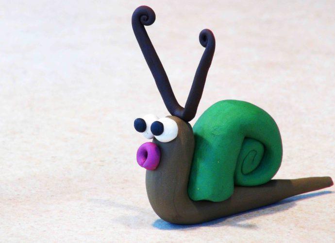 Простые поделки из пластилина для маленьких детей