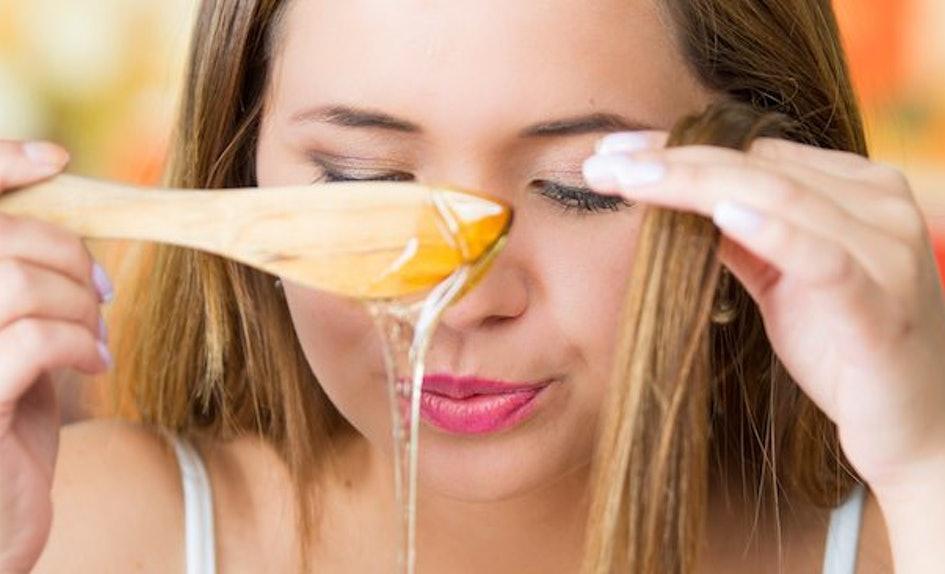 Рецепт масок для волос с коньяком, кофе, медом и яйцом